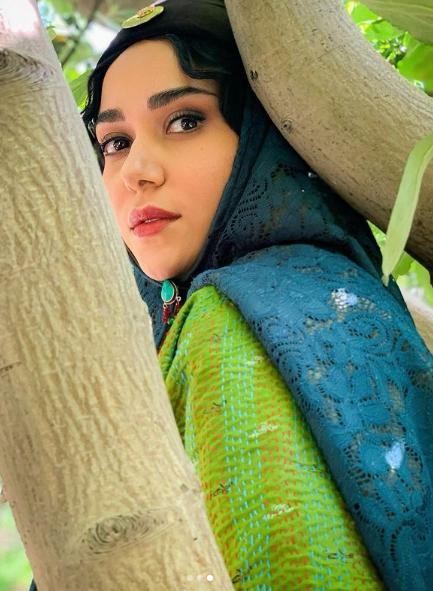 گریم پریناز ایزدیار در سریال جیران