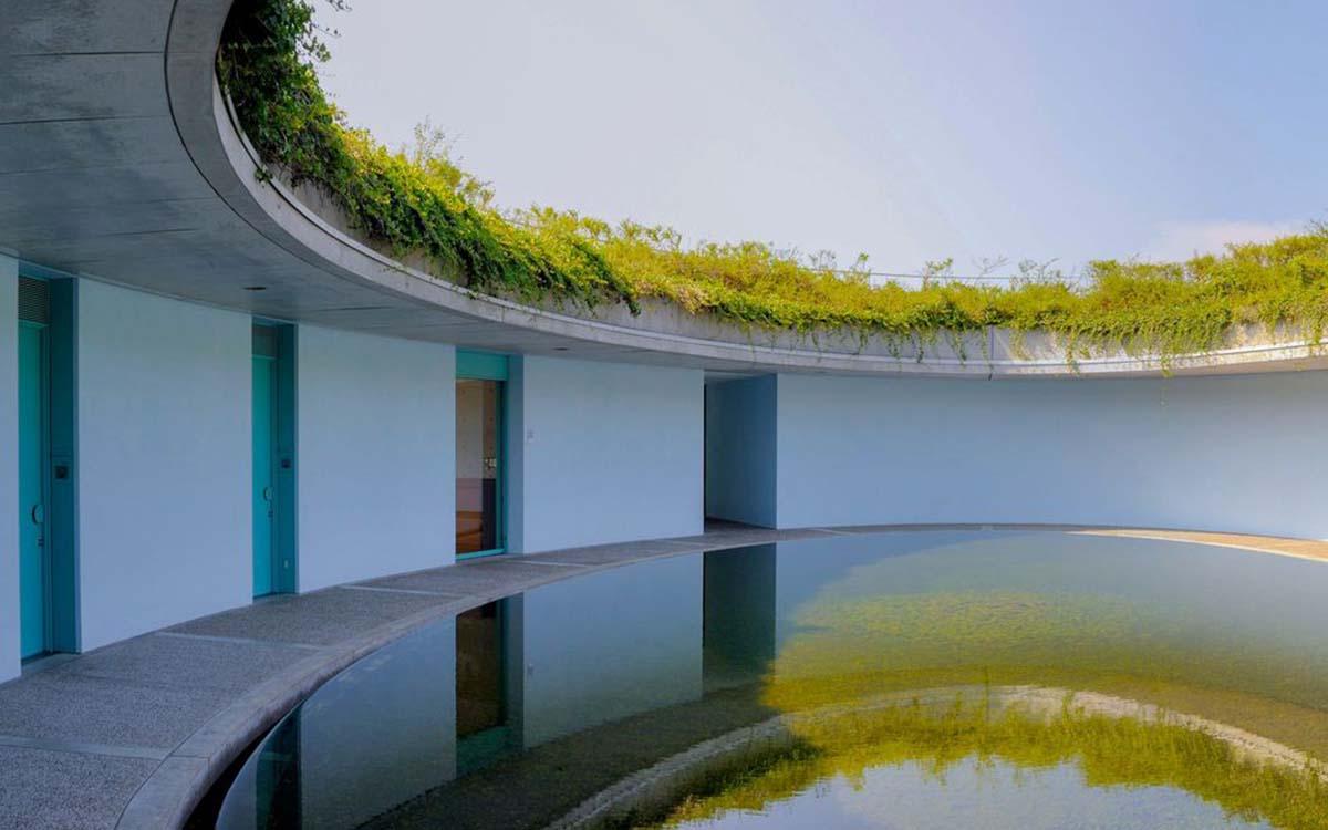 large_naoshima-kagawa-japan-panoramic-view-of-benesse-house-hotel-by-ando-tadao_b793ca70e0