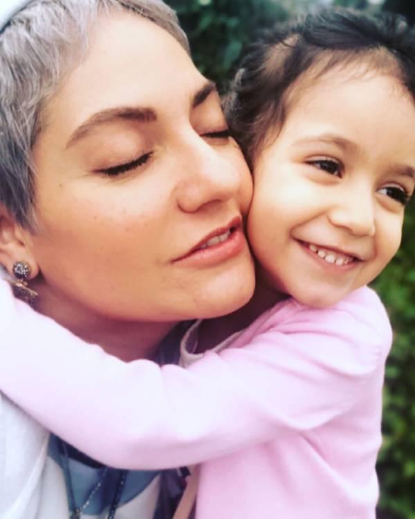 مهناز افشار و دخترش