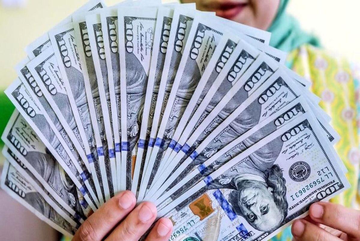 قیمت دلار و یورو در صرافی ملی امروز دوشنبه 16 فروردین 1400