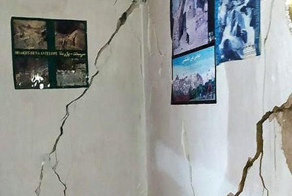 آغاز آواربرداری مناطق زلزله سی سخت
