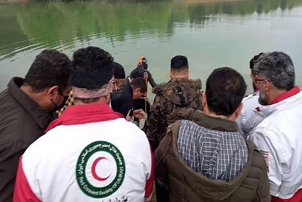 واژگونی مرگبار قایق تفریحی در مازندران/ کشف جسدجوان گمشده بعد ساعت ها