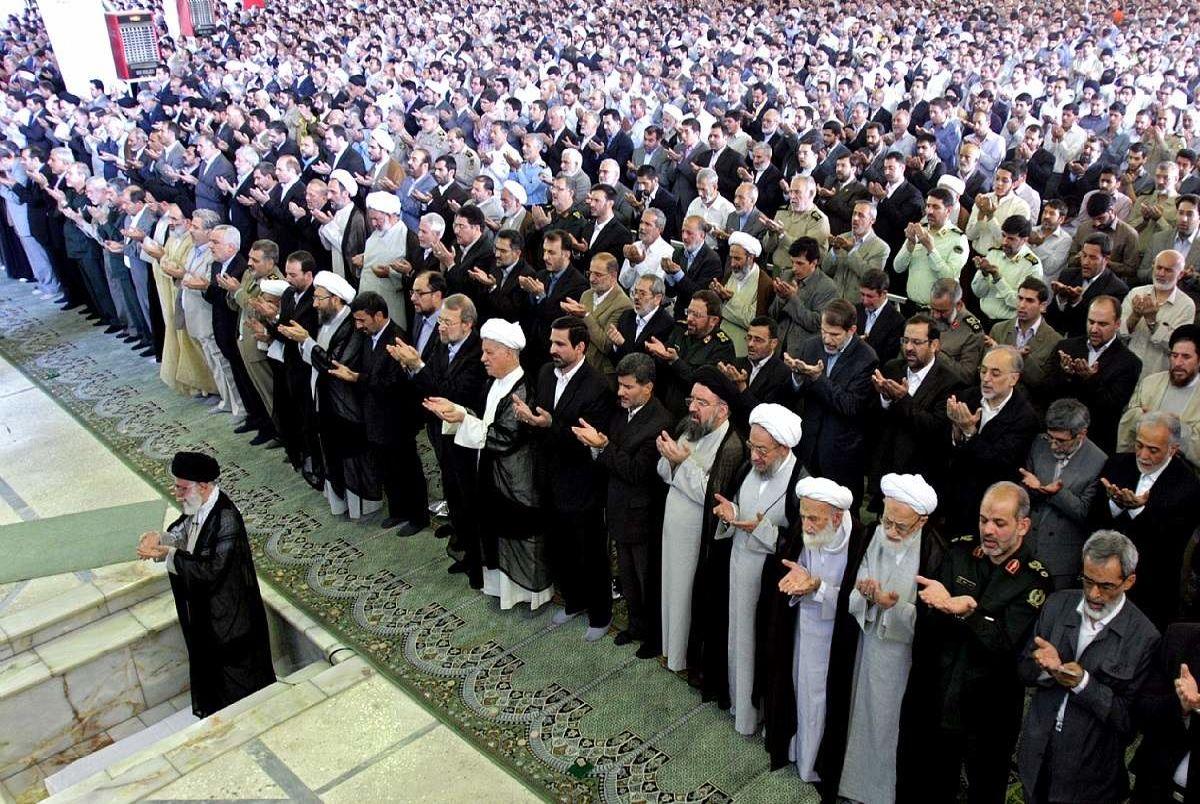 اقامه اولین نماز جمعه سال 1400در همه پایگاههای کرمان