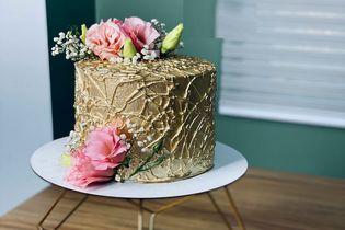 تزئین کیک حرفه ای در خانه که 1 میلیون بازدید خورد + ویدیو