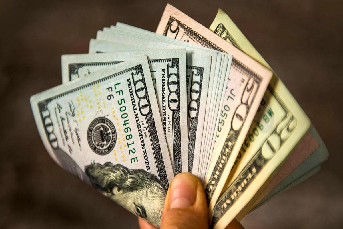 قیمت دلار و یورو در صرافی ملی امروز دوشنبه 13 اردیبهشت 1400