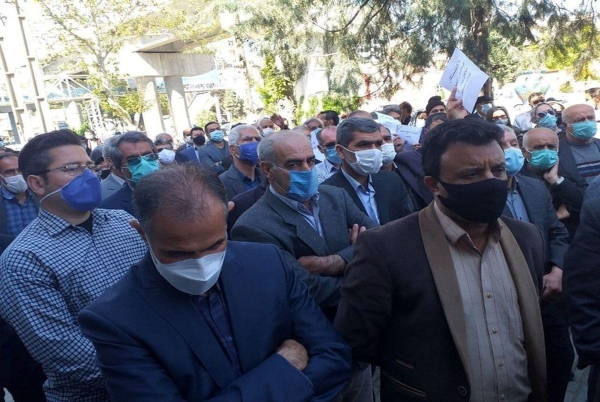 اعتراض بازنشستگان تامین اجتماعی یک روز پس از افزایش حقوق