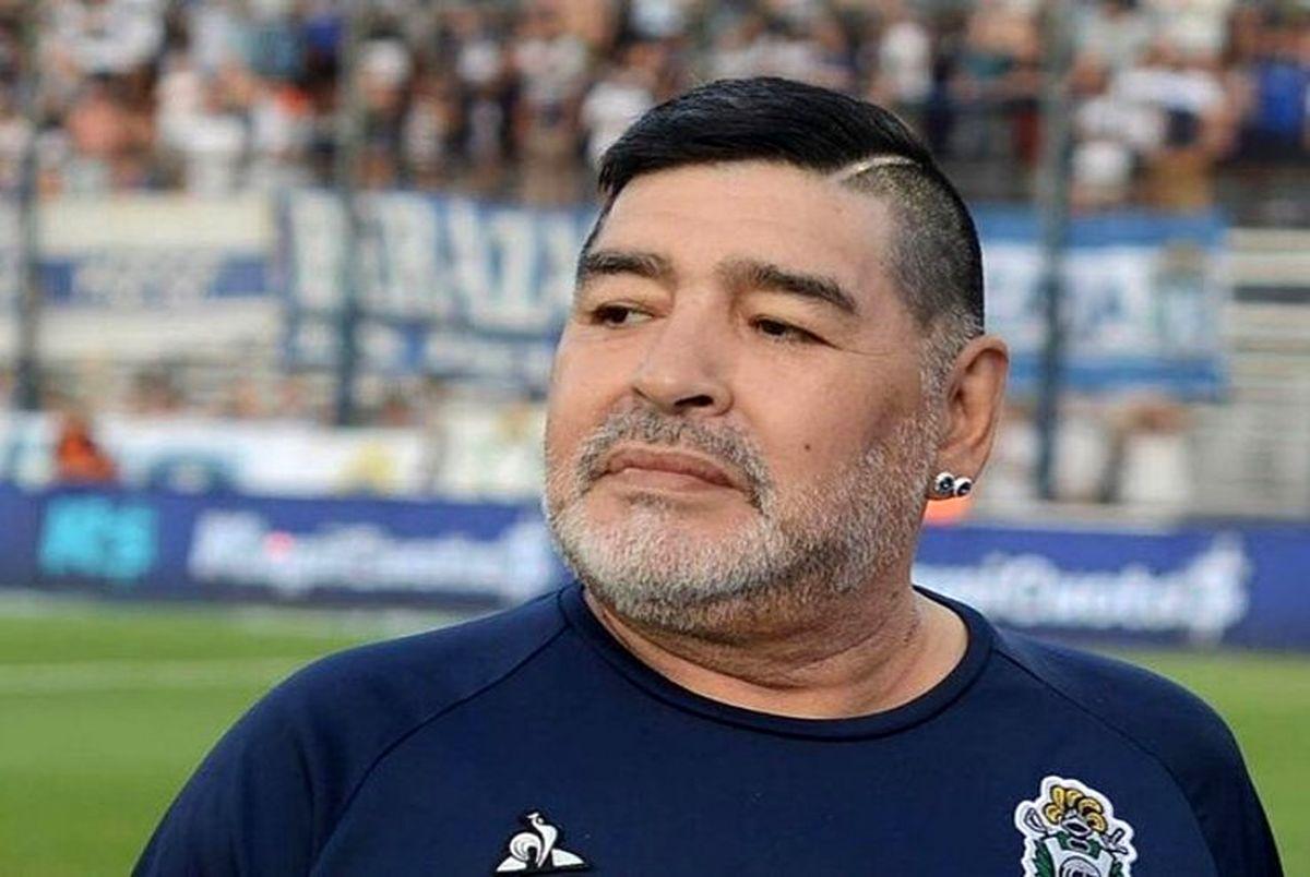 دیگو مارادونا درگذشت! ؛ مارادونا ستاره فوتبال آرژانتین دار فانی را وداع گفت