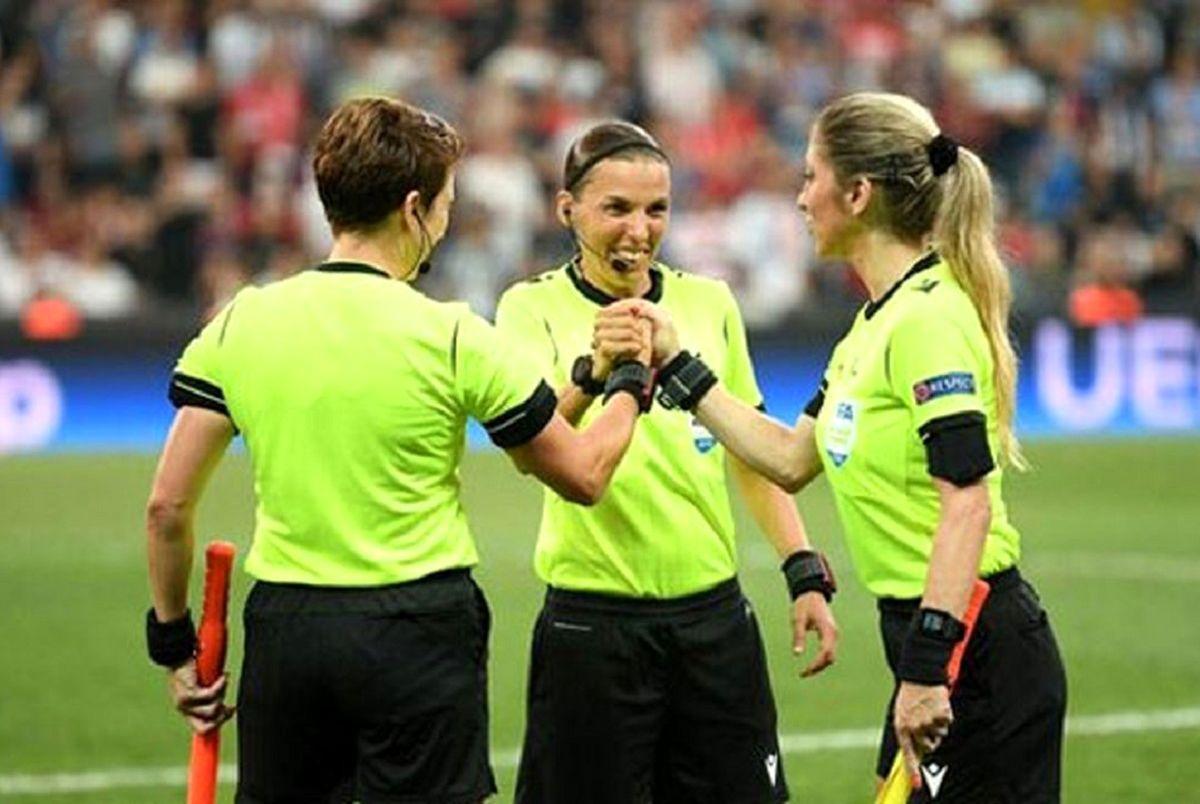 وقتی داور زن است در فوتبال چه اتفاقی می افتد! + ویدیو