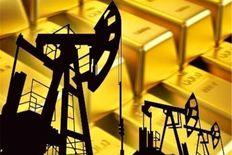 کاهش قیمت طلا در پی افزایش بهای نفت و بیت کوین